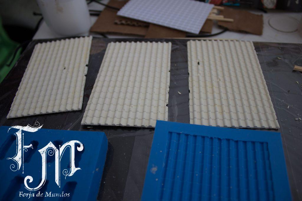 Moldes em silicone e telhado de gesso
